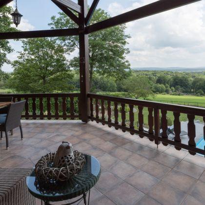 Villa Faro Durbuy - vakantiehuis huren met terras met uitzicht over de Ardennen